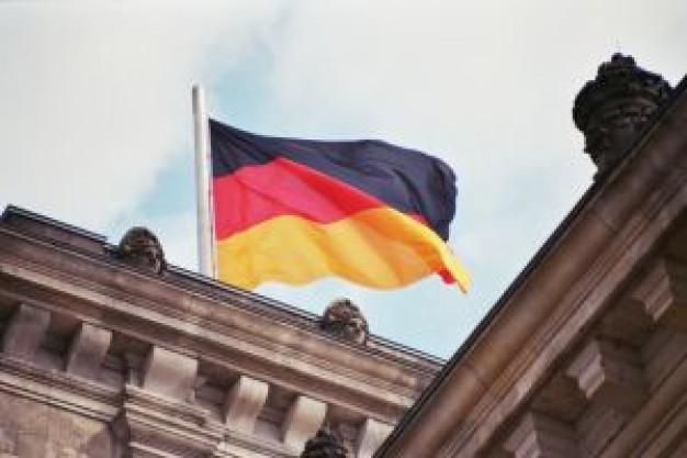 bandera-alemana-en-reichstag_2361955