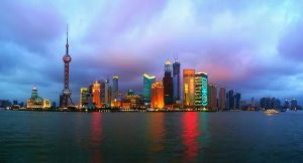 la-ciudad-de-shanghai-en-la-noche_21019086
