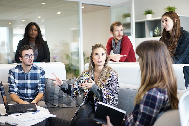 workplace-1245776_640